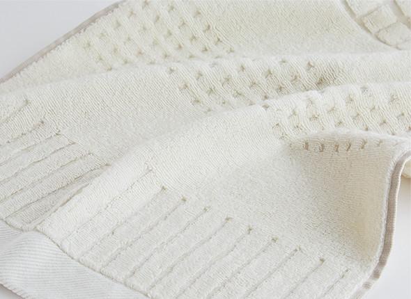 レリーフのような凹凸のあるタオル