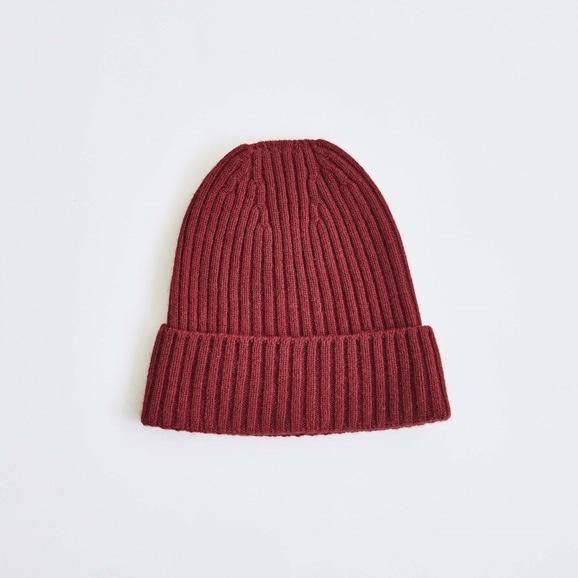 【写真】H& by POOL Cashmere Knitted Hat Dark Red 2021AW