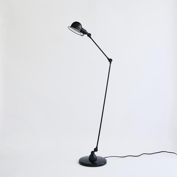 【写真】Jielde Signal Floor Lamp Black