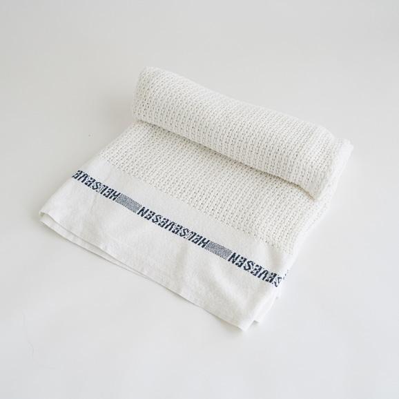 【写真】Barker Textile コットンブランケット HELSETEPPER ホワイト