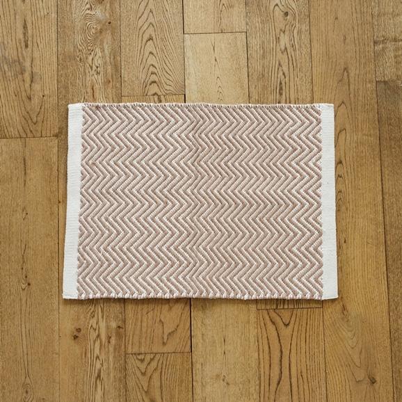 【写真】Classical Handmade Products ヘリンボーンラグ 45×60 ブラウン