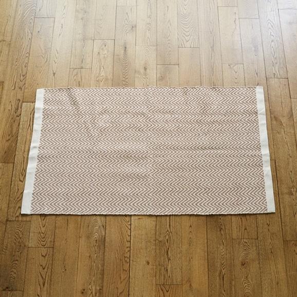 【写真】Classical Handmade Products ヘリンボーンラグ 90×150 ブラウン