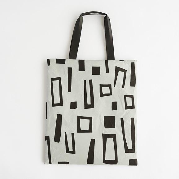 【写真】柚木沙弥郎デザイン SIWA FLATバッグ L ブロック