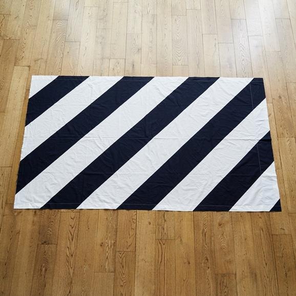 """【写真】北欧ヴィンテージテキスタイル Marimekko """"Raita"""" 1970 black/white"""
