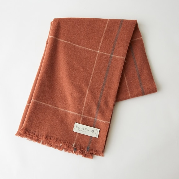 【写真】ELVANG SQUARE THROWS 130×190 レッド