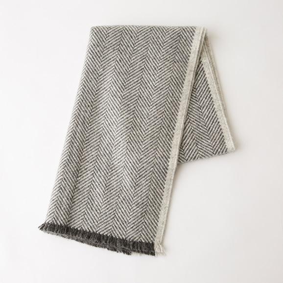 【写真】ELVANG Edinburgh Scarves grey×light grey ストール