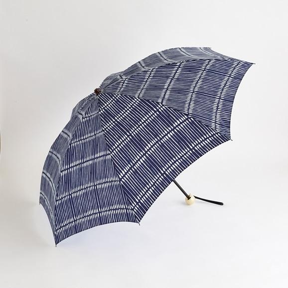 【写真】イイダ傘店 晴雨兼用傘 綿棒 ネイビー 折55cm