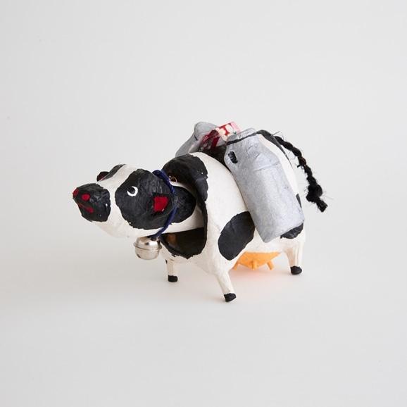【写真】【丑の郷土玩具】六原張子 乳うし