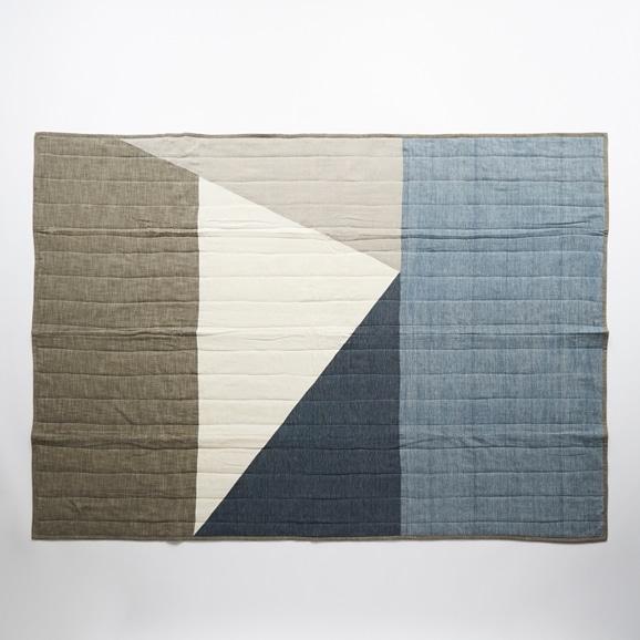 【写真】Studio Tolsta Konam スローキルト 137×190 グレー×ブルー