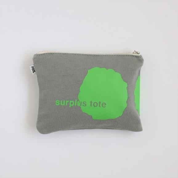 【写真】POOL surplus tote ポーチ グレー×グリーン