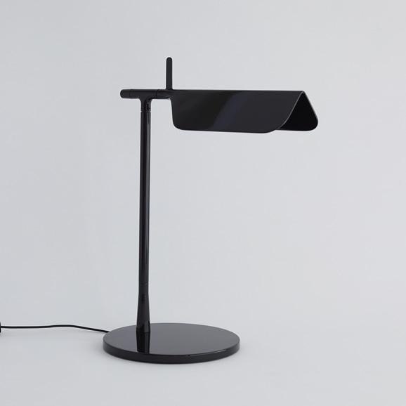 【写真】TAB LED T テーブルスタンド ブラック