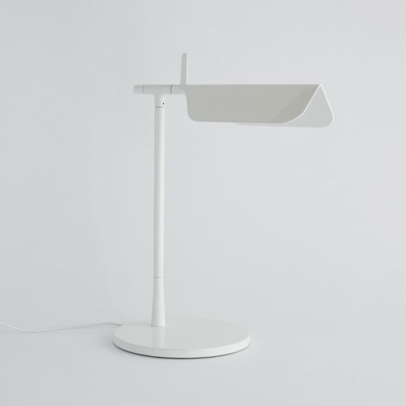 【写真】TAB LED T テーブルスタンド ホワイト