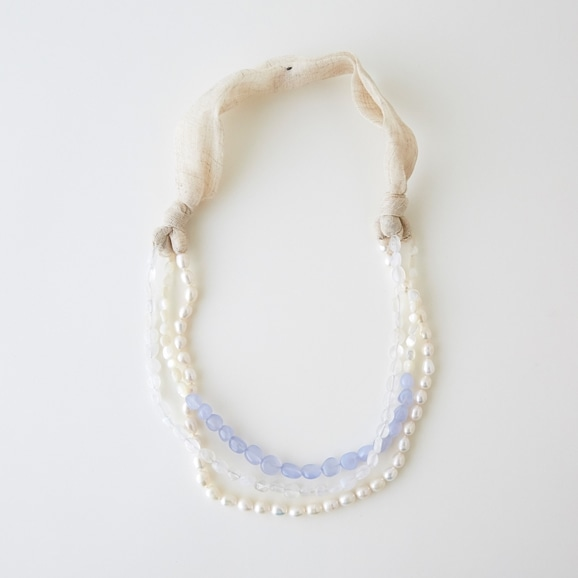【写真】sai Necklace Moonstone,Pearl & Blue Chalcedony