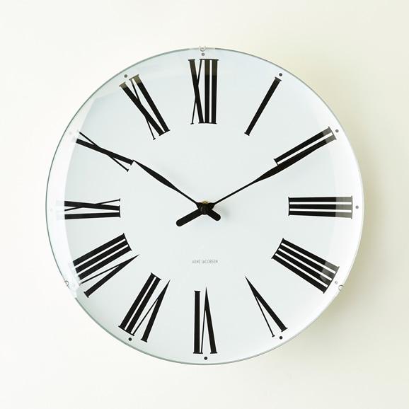 【写真】Arne Jacobsen 掛け時計 ROMAN φ290