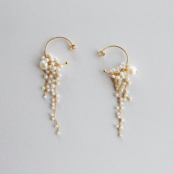 【写真】asumi bijoux shirotsumekusa long pierce