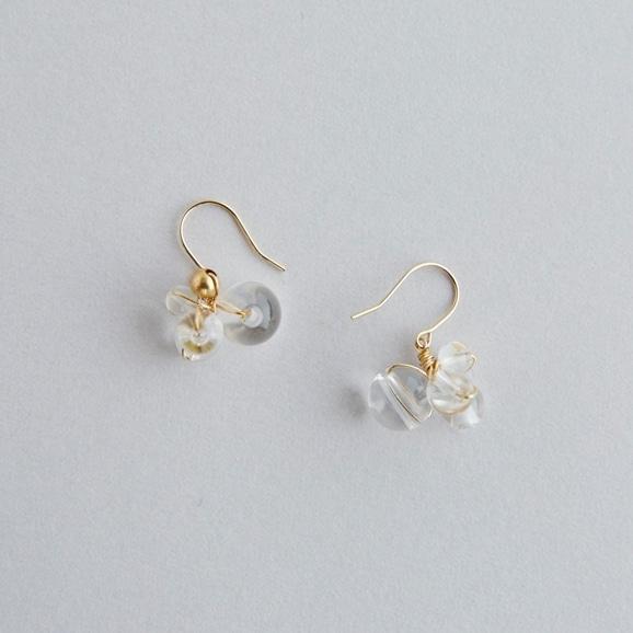 【写真】asumi bijoux asatsuyu mini pierce crystal