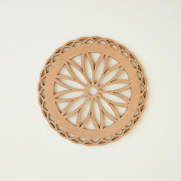 【写真】木製コースター daisies