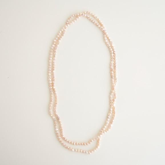 【写真】sai Lomg Necklace Pink Pearl