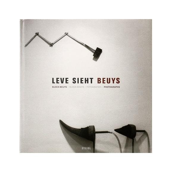 【写真】ヨーゼフ・ボイス 「Leve Sieht Beuys」