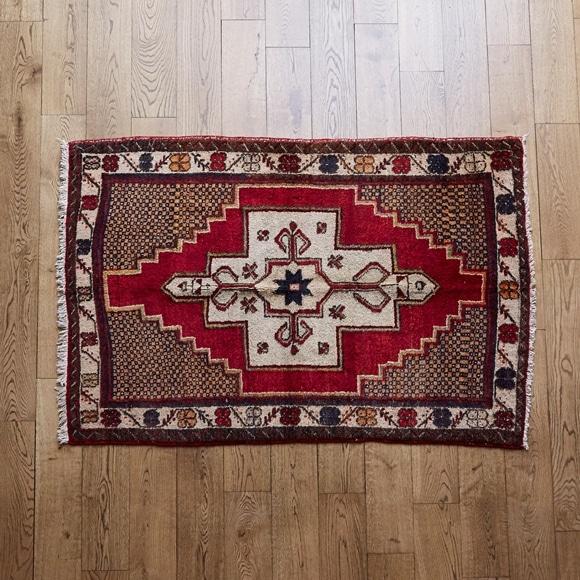 【写真】【一点物】トルコ絨毯 151×109 【841】