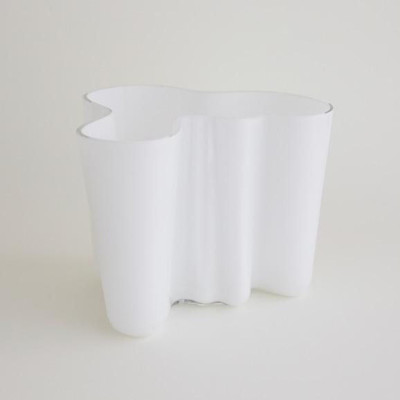 【写真】【一点物】Alvar Aalto Savoy Vase 3030 White 1960's/フィンランド買付品