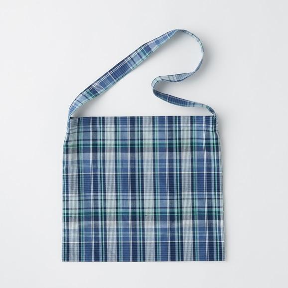 【写真】【予約注文】POOL いろいろの服 ワンショルダーバッグ マドラスチェック ブルー※10月下旬お届け予定