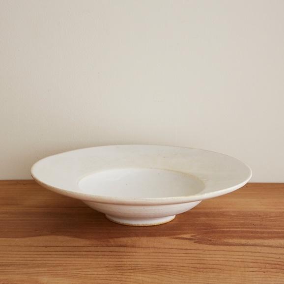 【写真】瀬川辰馬 チタン白リム鉢