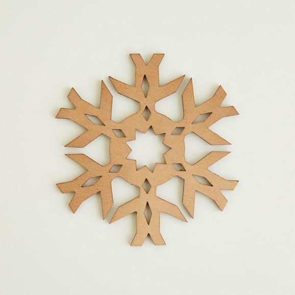 【写真】木製コースター snowflake 2