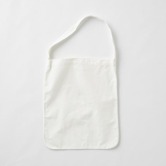 【写真】POOL いろいろの服 ワンショルダートート ホワイト
