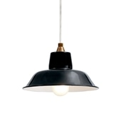 PORCELAIN ENAMELED IRON LAMP Black