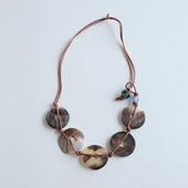 sai Necklace Shell & Leather
