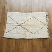 【モロッコ買付品】ベニ・ワレン ラグ 105×157